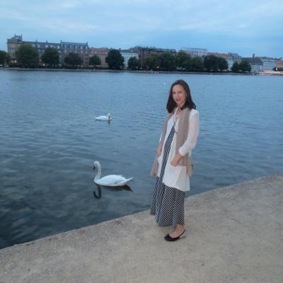 Tamara and swans
